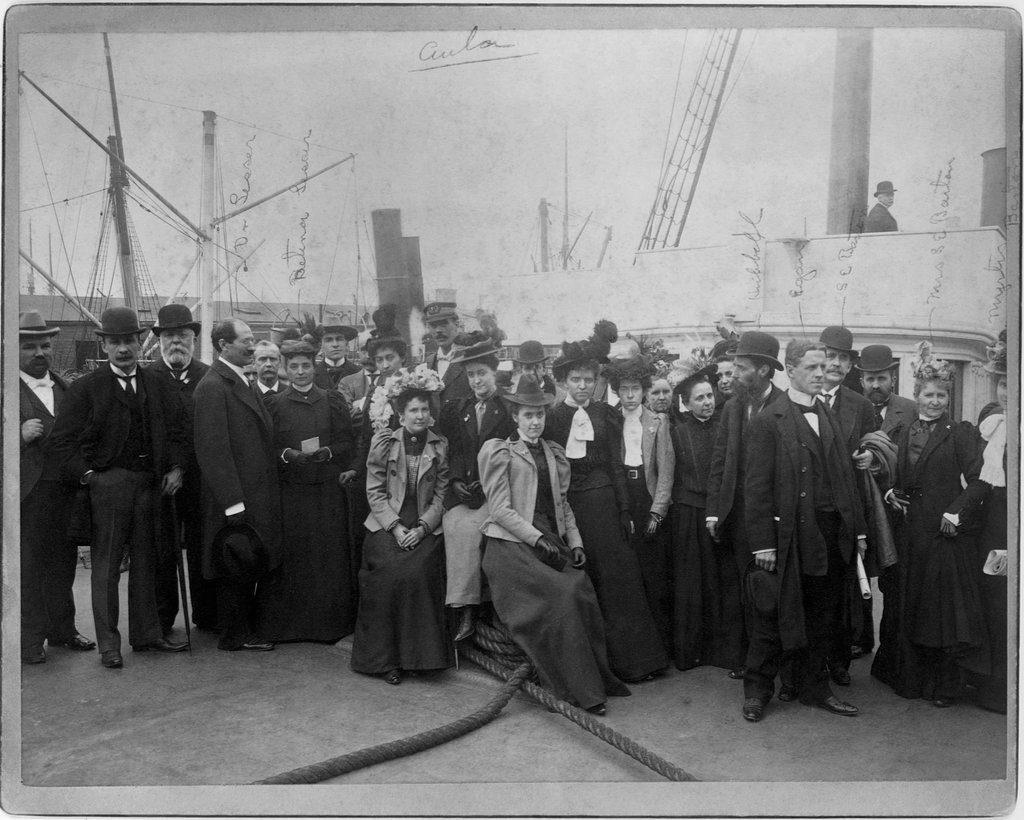 Clara Barton (far right) and Red Cross relief team in Cuba 1898 Courtesy of the Library of Congress